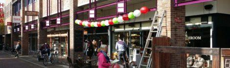 Dopskern Huizen vol met ballondecoraties van ballonnenfestival