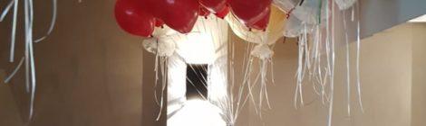 Losse heliumballonnen voor James Bond feest Daphne Deckers 50 jaar